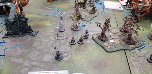 Turn 3, High Tide arrived. All Idoneth Deepkin units can attack first before all enemy units. Death to the Frostlords!